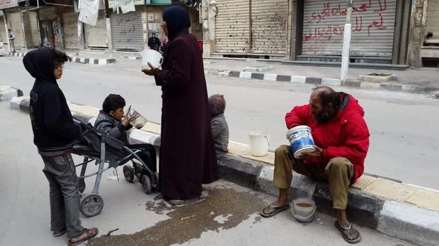 حصار مطبق على مخيم اليرموك وسط ارتفاع حاد في أسعار المواد الغذائية