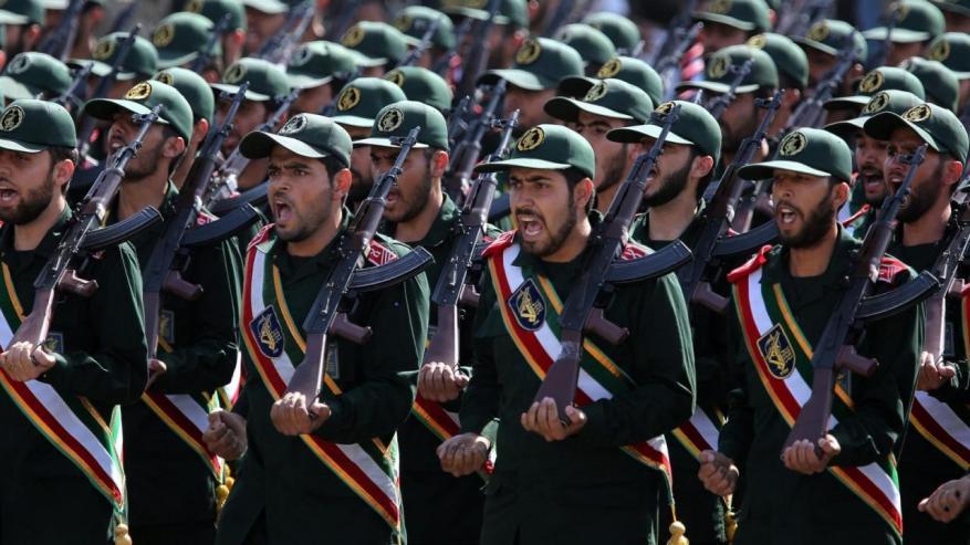"""الحرس الثوري الإيراني يُعلن إحباط عمليات انتحارية يُنفذها 300 شخص بترتيب من """"داعش"""""""