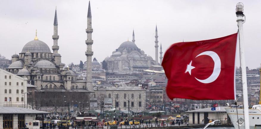 تركيا تطرد السفير الإسرائيلي احتجاجاً على مجزة غزة