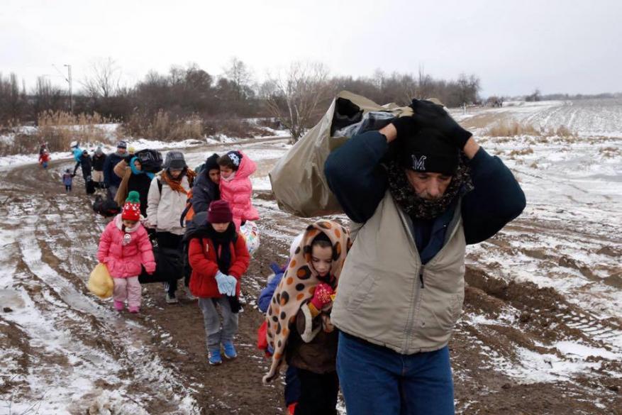الحرب في سوريا تفرق شمل الأسر الفلسطينية على أكثر (20) بلداً