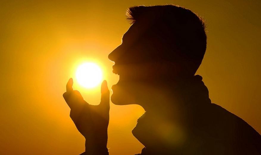 """دراسة: """"فيتامين الشمس"""" يعالج آثار ارتفاع ضغط الدم والسكري على القلب"""