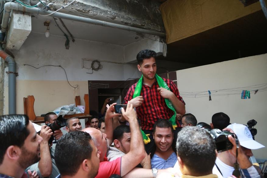 """""""لؤي قنوع"""" مسيرة نجاح باهرة محفوفة بمعاناة غزة"""