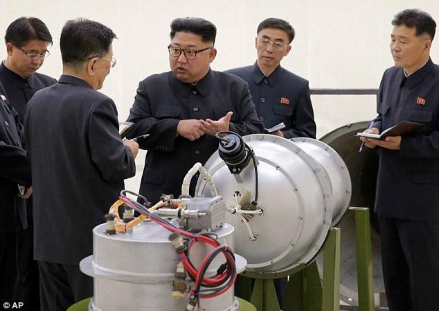 """الديلي ميل: كوريا الشمالية قد ترسل """"الطاعون والجمرة الخبيثة"""" عن طريق صواريخها!"""