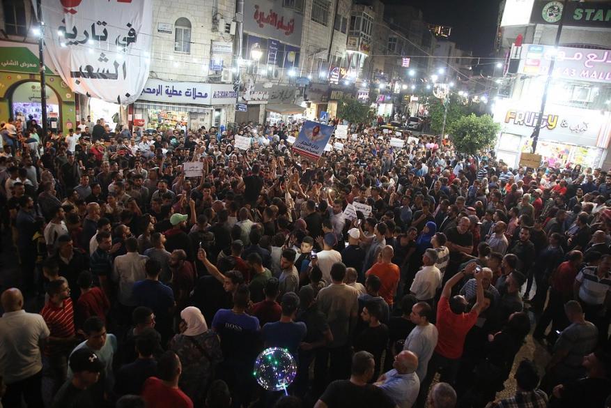 الشعبية لشهاب: مسيرة رام الله بداية النهوض الثوري وقريباً سنفضح من يتآمر على غزة