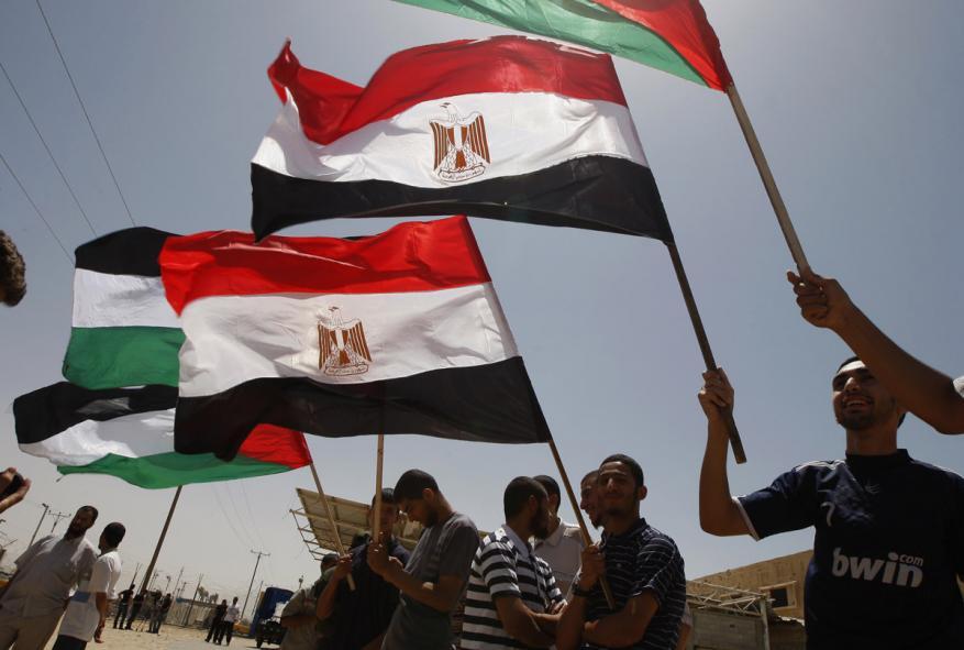 حماس تعزّي مصر في حادث تصادم قطارين بالإسكندرية