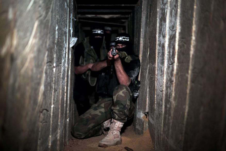"""الاحتلال يعترف بفشل منظومة """"العائق الأرضي"""" المضادة للأنفاق"""
