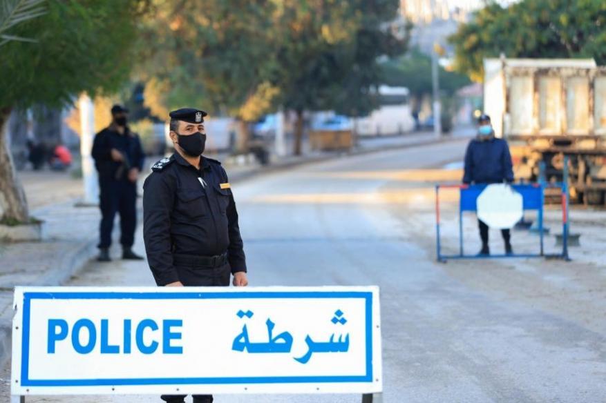 الداخلية بغزة تقرر رفع الحظر وفتح المساجد