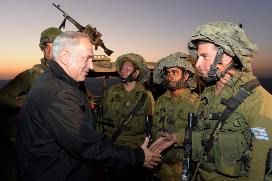 """فورين بوليسي: """"إسرائيل"""" تشارك رسمياً وعملياً في الحرب السورية باسم مواجهة إيران"""