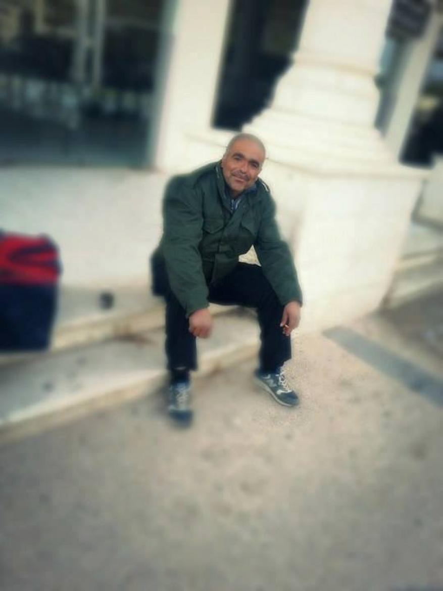 قوات الاحتلال تمنع والد الشهيدة رقية أبو عيد من السفر لأداء مناسك العمرة