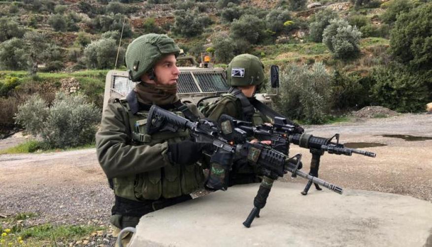 الاحتلال يبدأ تعزيز قواته في الضفة الغربية