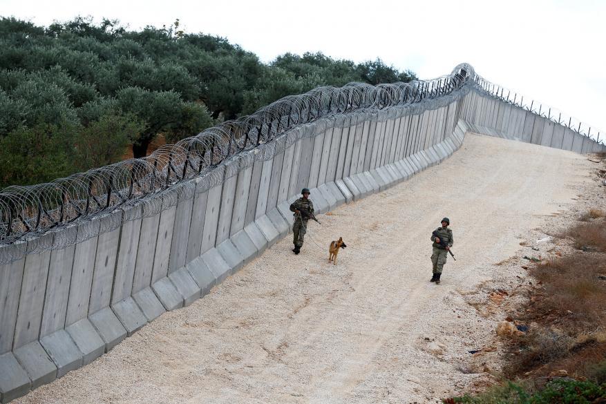 إيران ترحب بالجدار التركي العازل على حدودها