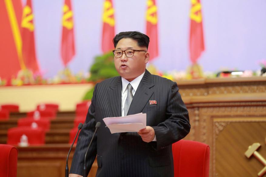 كوريا الشمالية توافق على إجراء محادثات مع جارتها الجنوبية