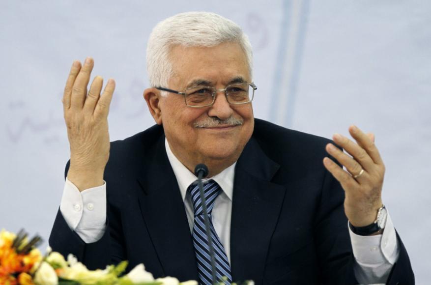 عباس لغزة .. أول الانفصال خصم للرواتب