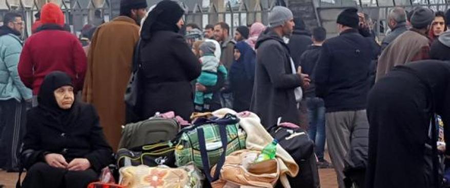 الإمارات تطرد عشرات العائلات السورية قسراً وبشكل مفاجئ