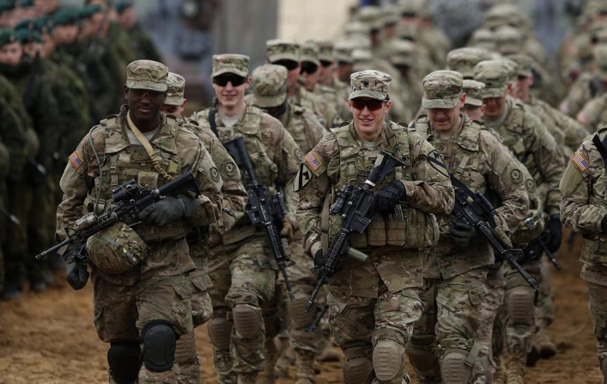 تعرف على سبب طرد غالبية الجنود الأمريكيين من الجيش