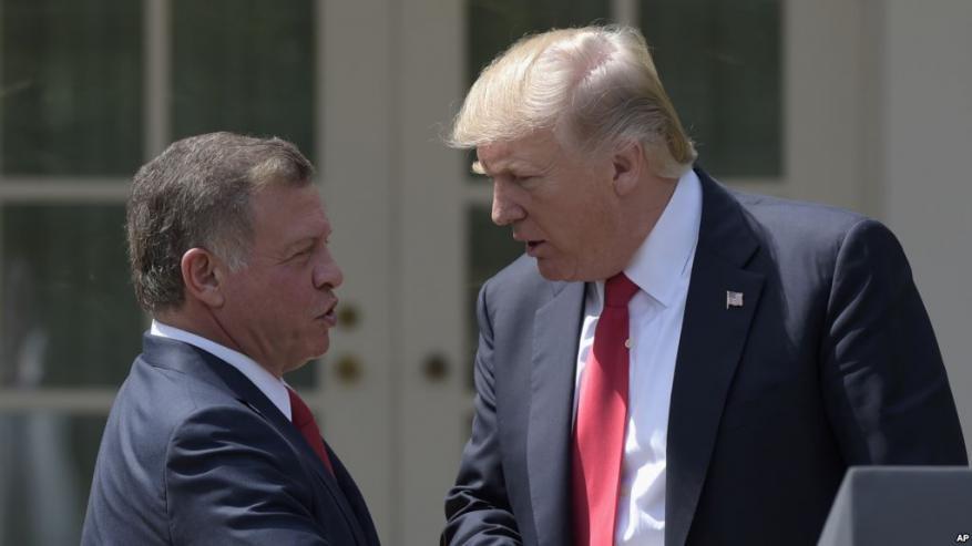 """العاهل الأردني: ترامب يفكر """"بأسلوب جديد"""" لحل القضية الفلسطينية"""