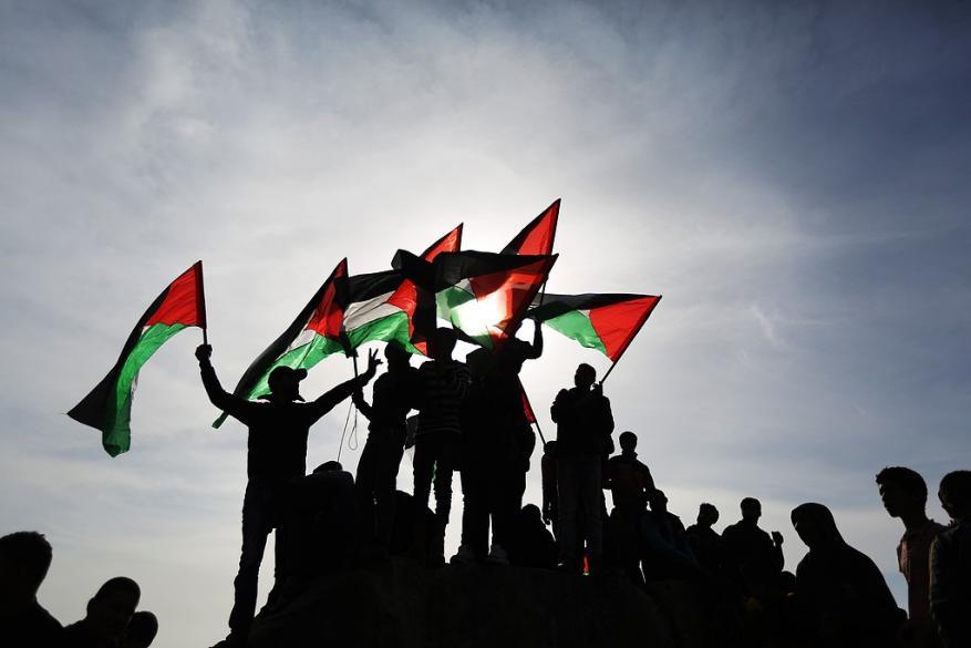 مسؤول بمنظمة التحرير لشهاب: مسيرة العودة الكبرى جزء من المواجهة الشاملة ضد مشاريع إلغاء حق اللاجئين