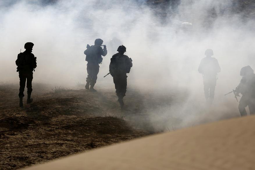 مراسلنا: مناورات عسكرية واسعة لجيش الاحتلال على حدود غزة