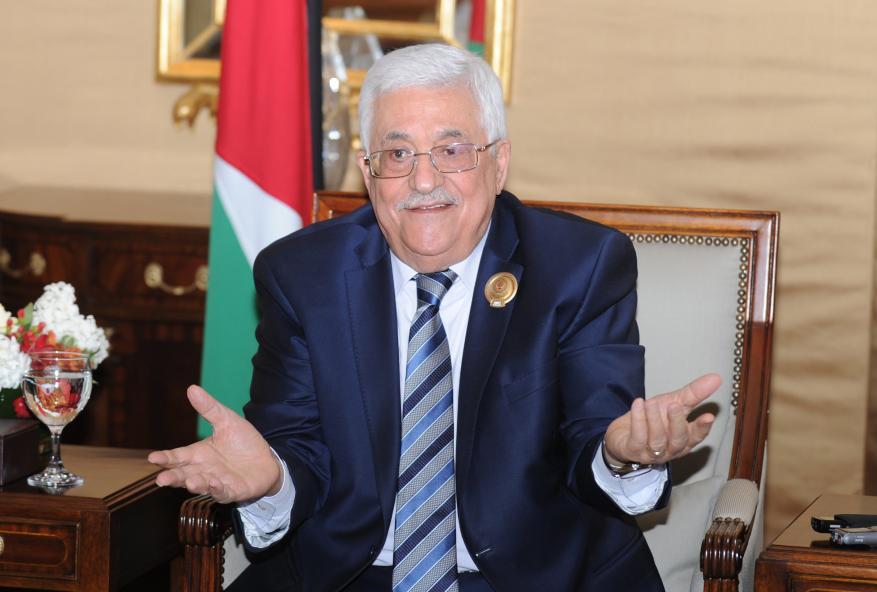 عباس ومركزية فتح يتدخلون لإنهاء خلاف بين زوجين