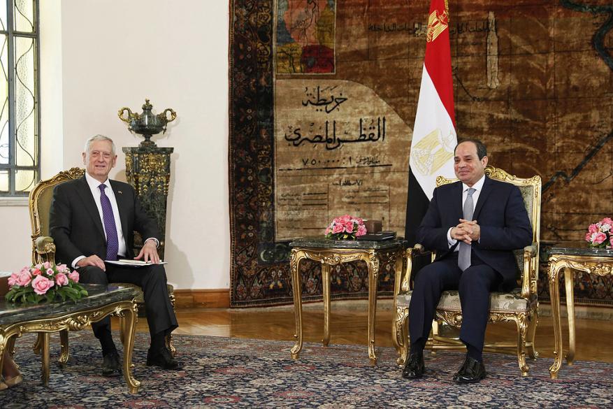 القاهرة: السيسي وماتيس يتفقان على تعزيز التعاون العسكري