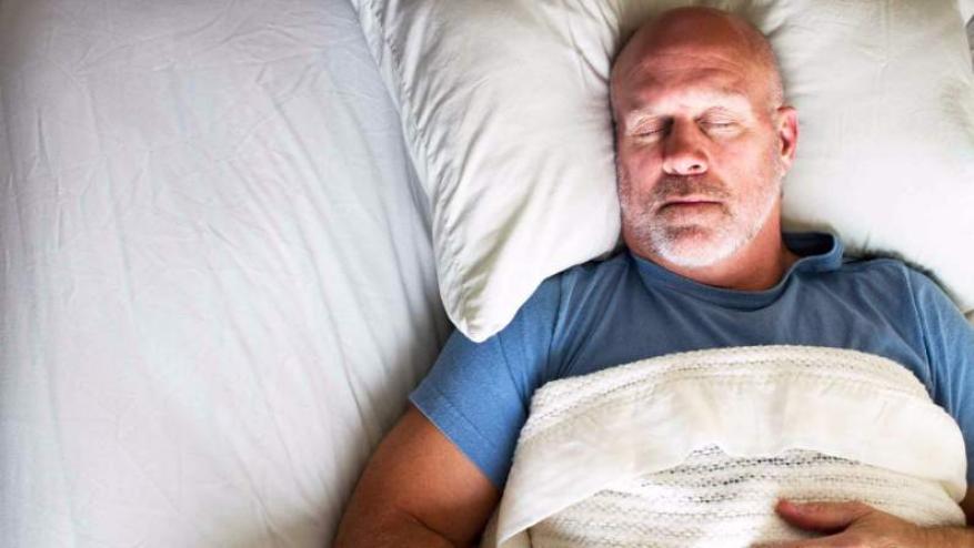 العلماء يكشفون الفائدة الرئيسية من قلة النوم