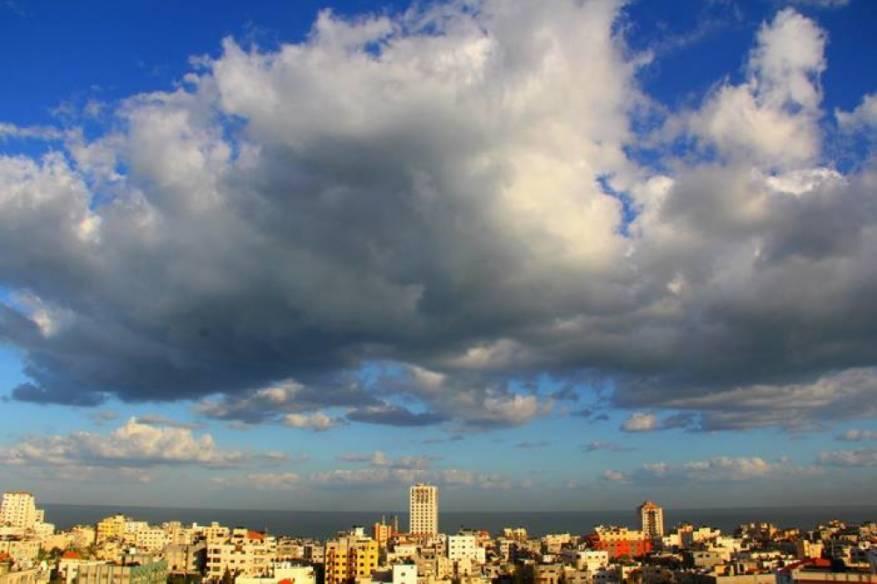 الطقس: أجواء غائمة وارتفاع على درجات الحرارة