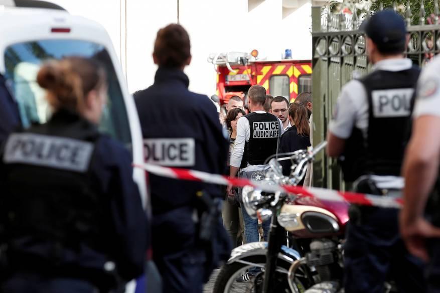 الشرطة الفرنسية تعتقل منفذ عملية الدهس في باريس