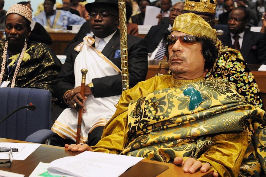 مسؤول ليبي: هذا ما تفعله الإمارات بأموال القذافي