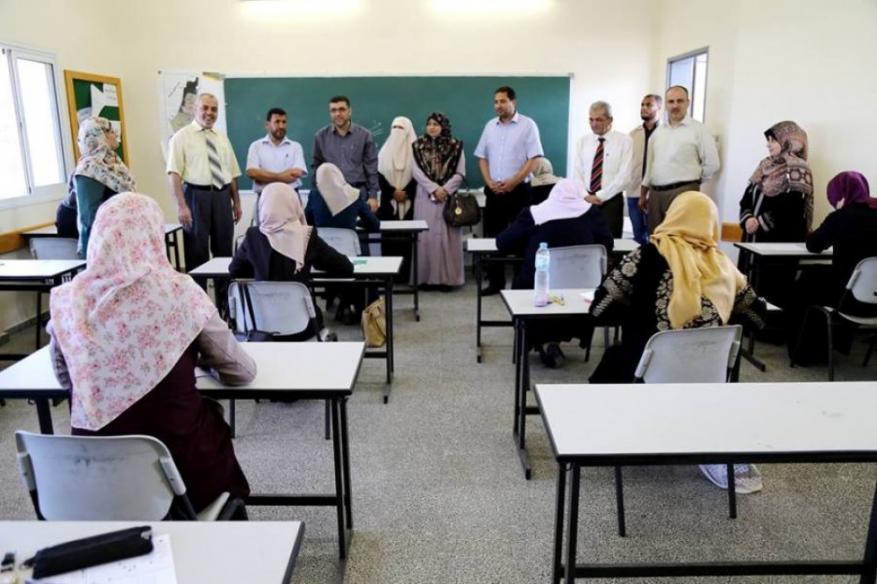 التعليم بغزة: 2400 معلم تقدموا لامتحان وظيفة مدير مدرسة
