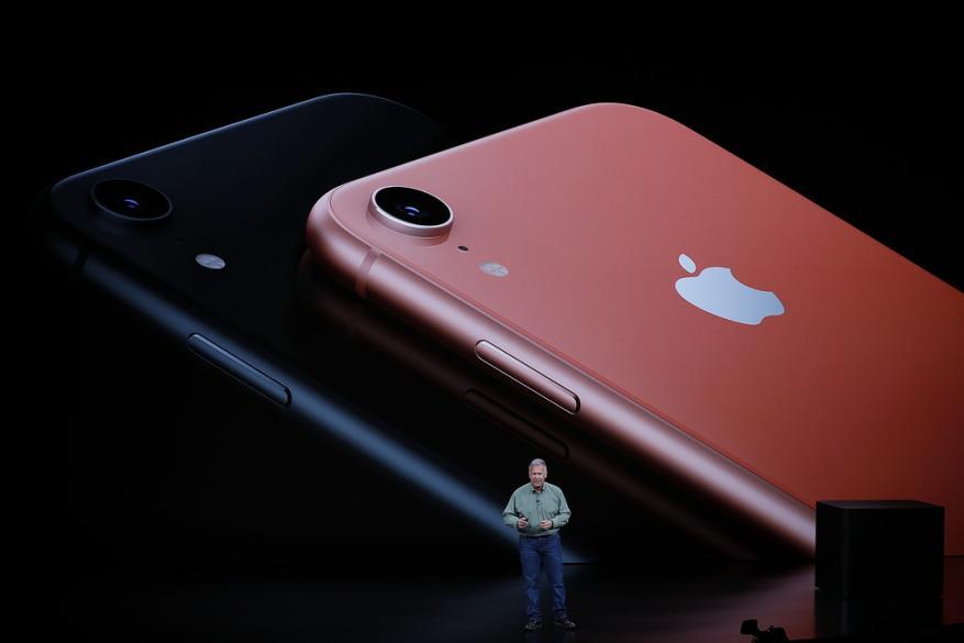 """ميزة غير مسبوقة أعلنت عنها """"آبل"""" في آيفون XS الجديد"""