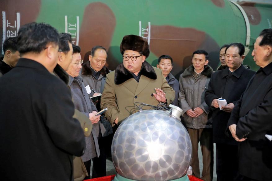 الحصار الاقتصادي.. هل يعيق تطوير سلاح بيونغ يانغ النووي؟