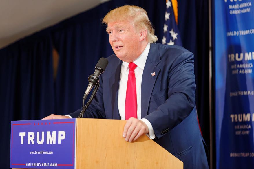 ترامب يوجه تصريحات عنصرية اتجاه المسلمين مجدداً