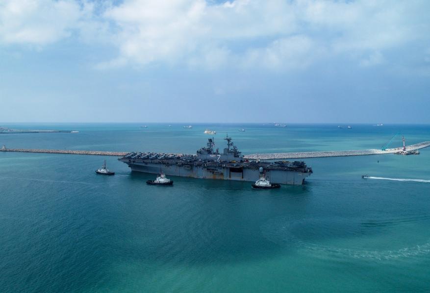 وصول سفينة أمريكية إلى ميناء حيفا على متنها 500 معظمهم ضباط كبار