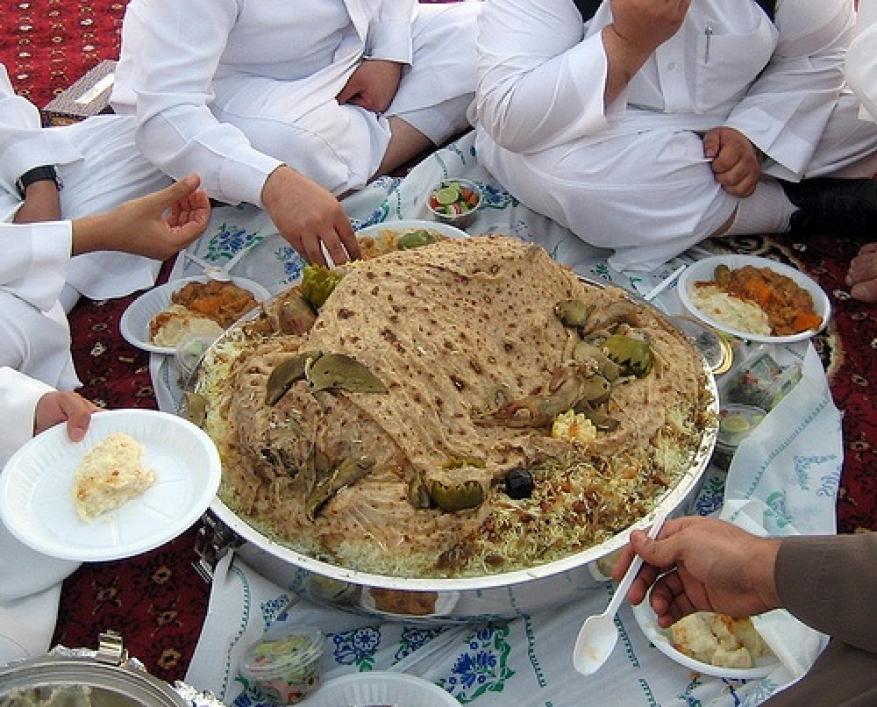 في زمن ال40 مليون جائع عربي .. السعودية تحتل قائمة الدول الأكثر هدراً للغذاء
