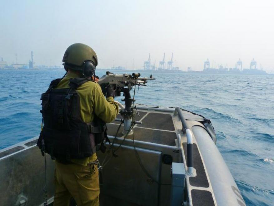 استهداف الصيادين في عرض بحر خانيونس