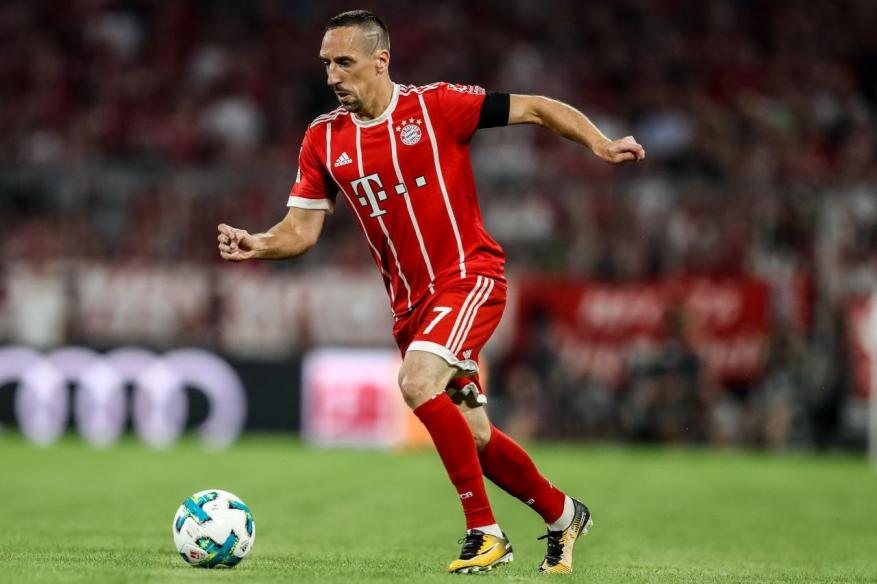 بايرن ميونيخ الألماني يجدد عقد ريبيري حتى 2019