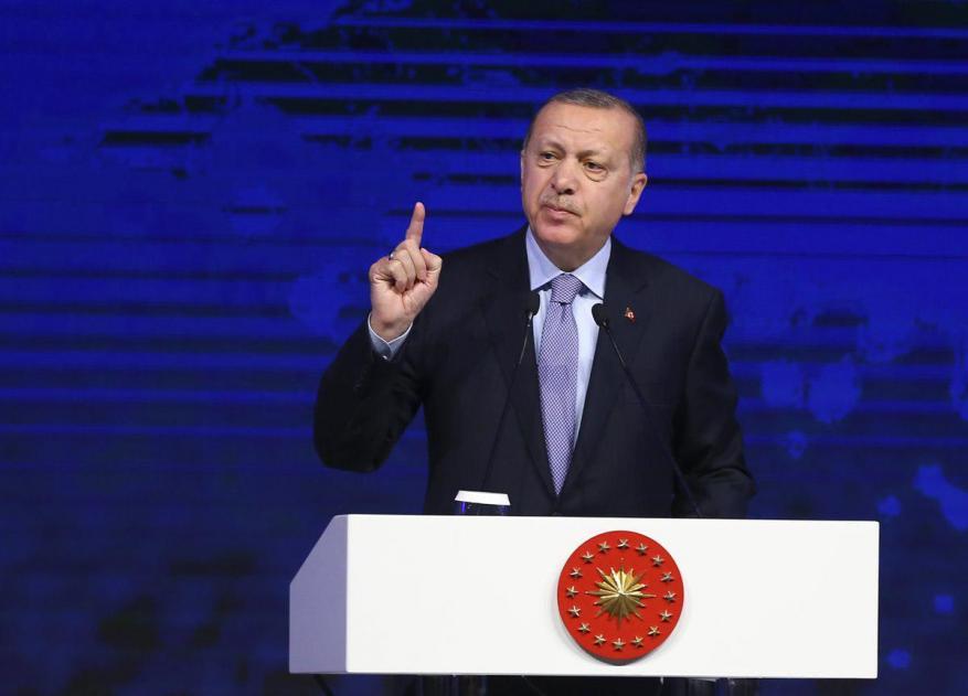 أردوغان يدعو إلى وضع أسس سلام لا مكان فيه للقصف العشوائي