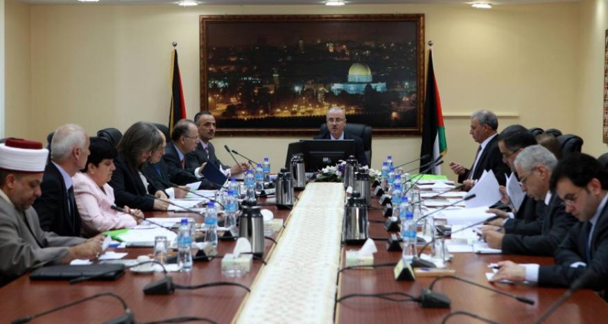 حكومة الوفاق: نحن في أعلى حالات الجهوزية والاستعداد للبدء الفوري بتحمل مسؤولياتنا بغزة