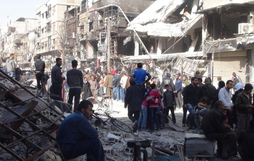 توتر أمني غير مسبوق في مخيم اليرموك وسط أنباء عن تحضيرات لاقتحامه