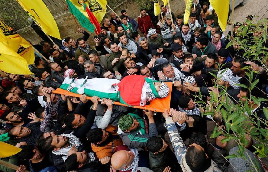 تشييع جثماني شهيدين في نابلس وغزة