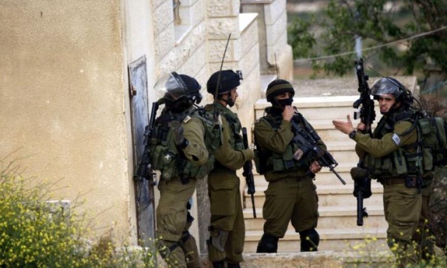 قوات الاحتلال تقتحم بلدة علار شمال طولكرم