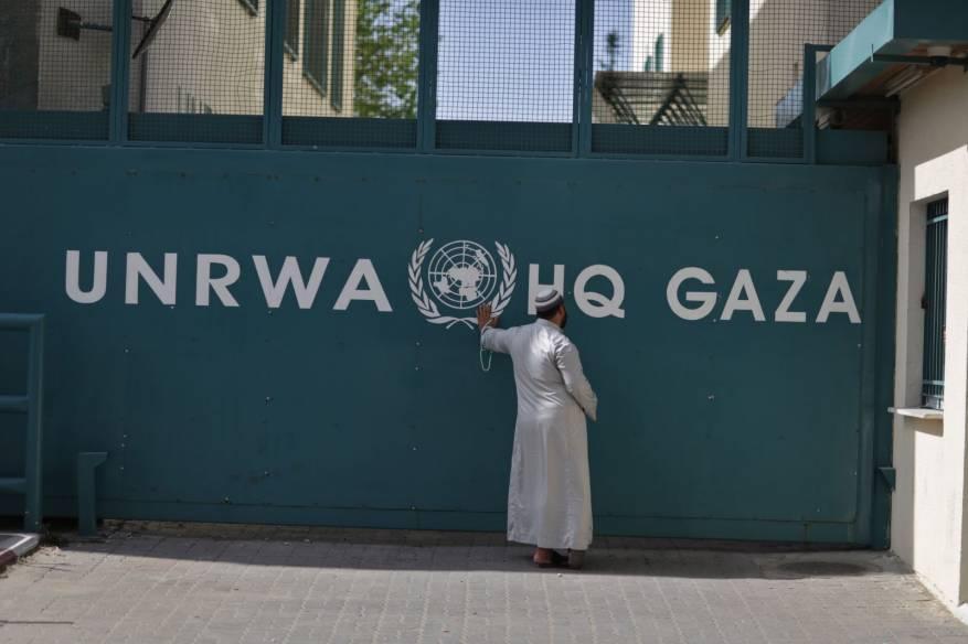 الأونروا ستوزع بدل إيجار لـ 2069 عائلة في قطاع غزة
