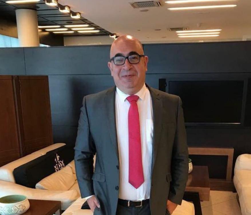 السفير الإسرائيلي الجديد يصل إلى العاصمة الأردنية ويتولى مهامه
