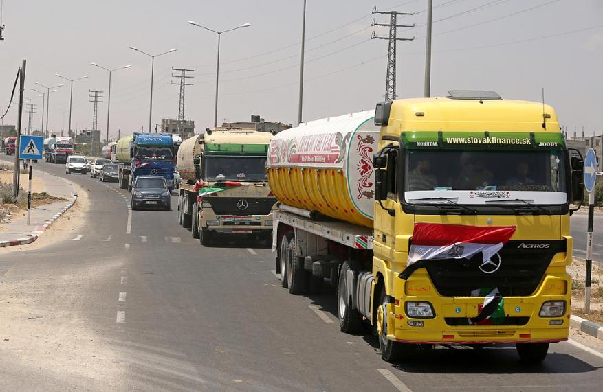 استئناف دخول السولار المصري إلى غزة عبر معبر رفح