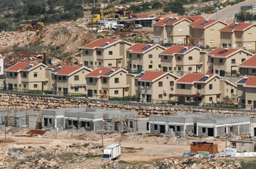 الاحتلال يستعد لبناء 2500 وحدة استيطانية مكان منزل الشهيد قنبر