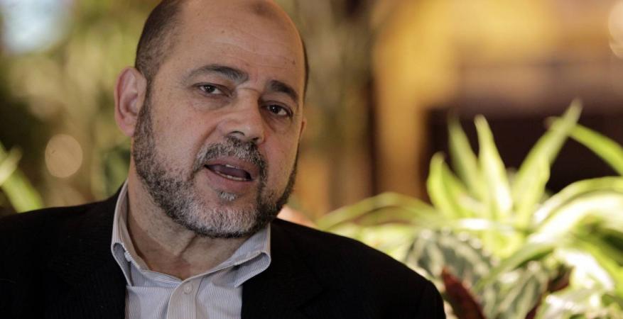 أبو مرزوق يناقش مع السفير الروسي لدى القاهرة المستجدات الفلسطينية