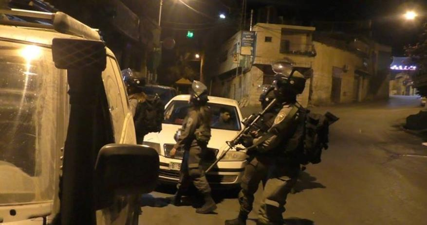Arrests, home break-ins reported in predawn sweep by Israel army