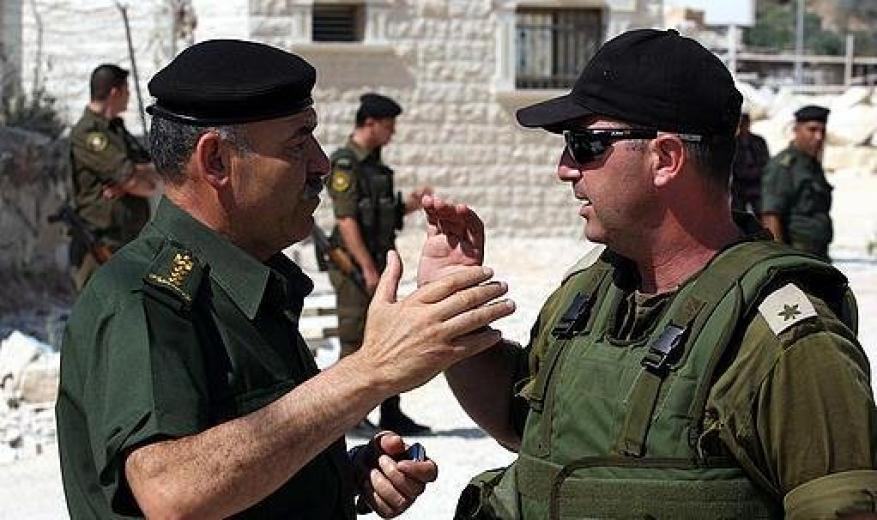 القناة 20: جنود إسرائيليون يتلقون دروس تعليمية في مدينة روابي بحماية أجهزة السلطة