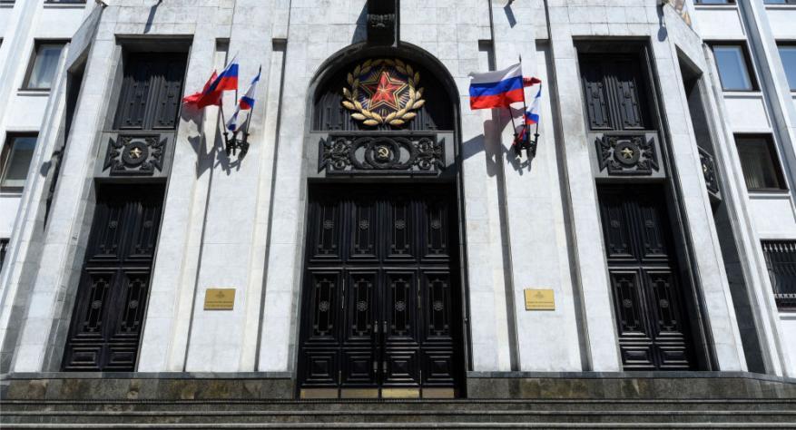 روسيا: أمريكا تحاول تهيئة الظروف لاستخدام السلاح النووي
