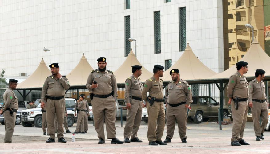 """السعودية تدعو للإبلاغ عن المحرضين عبر مواقع التواصل الاجتماعي وتصفهم بـ""""الإرهابيين"""""""